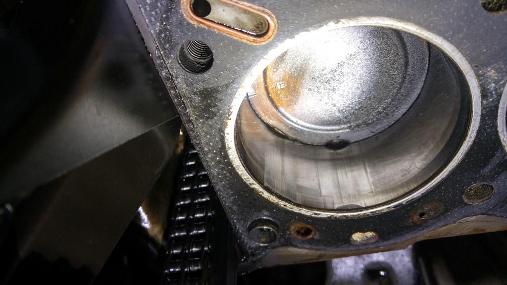 http://julienraspilaire.free.fr/Saab99EMS/B20/Cylindre1.jpg